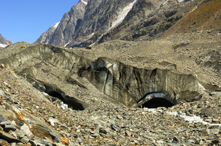 Gletschertor des Langgletschers, Wallis, Schweiz