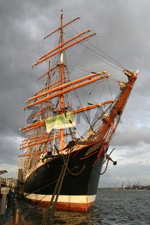 Der Großsegler Sedov auf dem Hamburger Hafengeburtstag 2007