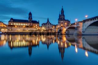 Die Altstadt von Dresden bei Nacht
