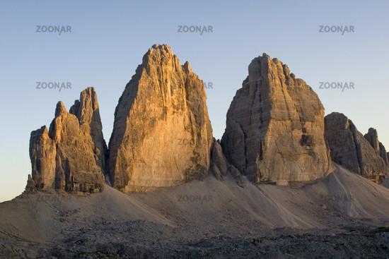 three zinnen, sextener dolomite, Italy