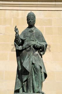 Statue Papst