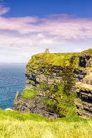 Cliffs of Moher Klippen Irland Reise Meer Tourismus Natur Hochformat Ozean