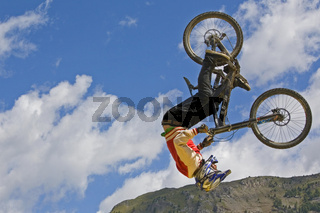 Überflieger / bicycle flight
