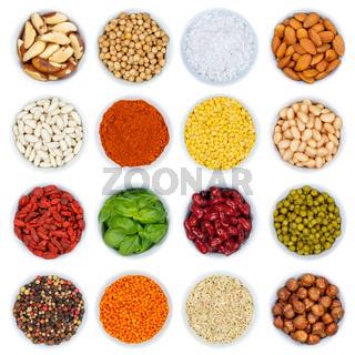 Kräuter und Gewürze Gemüse Sammlung Nüsse von oben isoliert freigestellt Freisteller