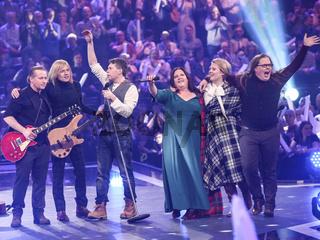 Kelly Familiy in der ARD TV-Show Schlager Countdown in Oldenburg am 25.03.2017