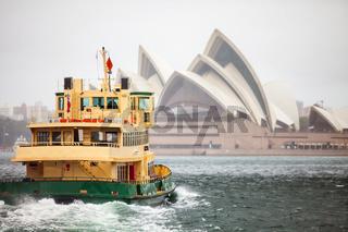 Sydney mit Blick auf  Opernhaus