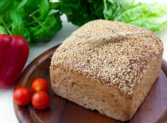 frisches Brot / fresh brown bread