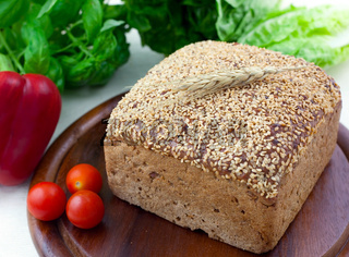 frisches Brot / fresh brown bread