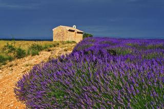 Kapelle bei Entrevennes, Provence, France
