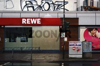 REWE Lebensmittelmarkt
