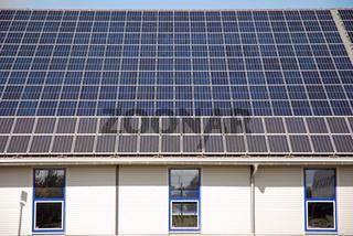 Solardach, Ulm, Deutschland / Solar-roof, Ulm, Germany