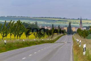 Landstraße nach Gatersleben in Sachsen Anhalt