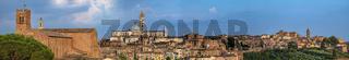 Das Panorama der Stadt Siena