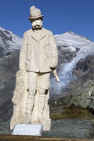 Kaiser Franz-Josef monument on Kaiser-Franz-Josef-Hoehe, Hohe Tauern National Park,  Carinthia, Aust