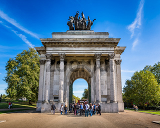 Wellington Arch, aka Constitution Arch or the Green Park Arch, is a Triumphal arch in London, United Kingdom