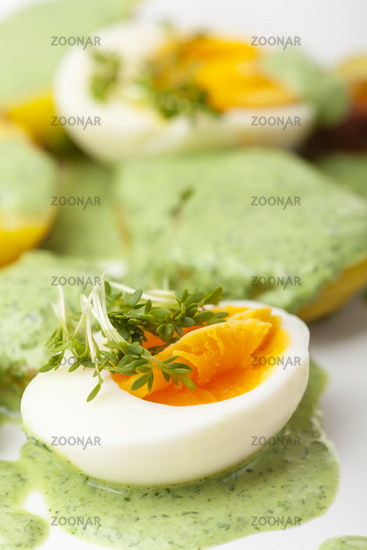 green sauce with eggs and potatoes
