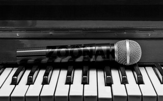 Piano and wireless microphone