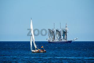 Segelschiffe auf der Ostsee vor Warnemünde