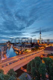 Die Berliner Innenstadt mit dem berühmten Fernsehturm
