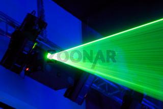Laser installation