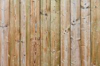 Vertikales Hartholz als Hintergrund Textur