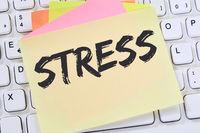 Stress im Job Burnout Entspannung Erschöpfung Notizzettel Business Konzept