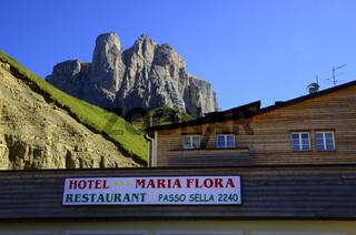 Sellajoch in den Dolomiten, Suedtirol, Italien
