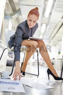 Geschäftsfrau in einem Workshop