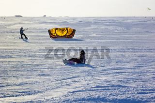 Kitesurfer im Schnee - Kite surfer in the snow