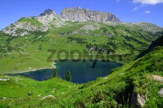 Formarinsee und Rote Wand  im Lechquellengebirge