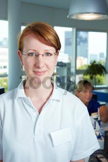 Portrait einer Zahntechnikerin