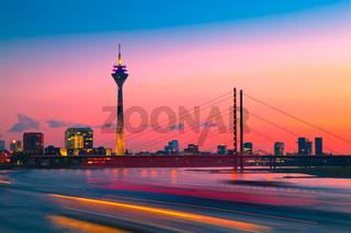 Abendrot über Düsseldorf