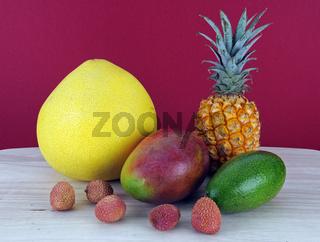 tropische Fruechte, Pomelo, Ananas, Mango, Avocado, Lychee,