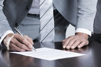 Business man sign contract