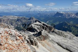 Sellagruppe; Blick vom Piz Boe zur Puezgruppe und Kreuzkofelgruppe; Dolomiten; Suedtirol;