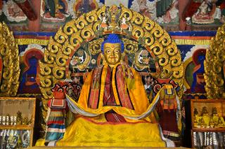 Shakyamuni Buddha Statue im Westlichen Dzuu Tempel, Kloster Erdene Zuu, Kharkhorin, Mongolei