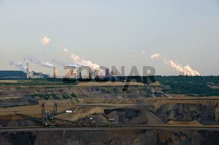 Tagebau und Kraftwerke