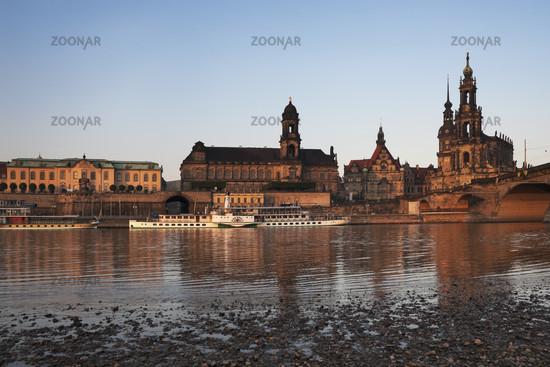 Dresden am Morgen   Dresden in the morning