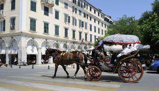 Pferdekutsche Altstadt von Kerkira auf der Insel Korfu