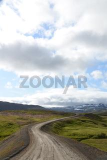 Schotterpiste auf Island