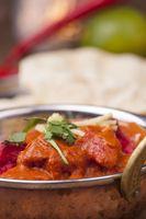 Indisches Tikka Hühnchen mit Reis
