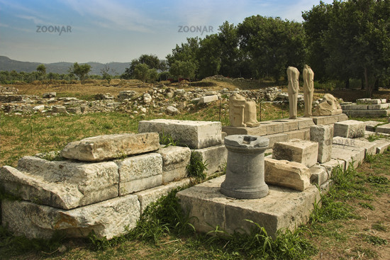 Photo Remains Of The Temple Of Hera Samos Image 956428
