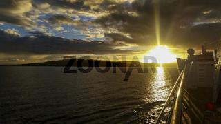 Morgen Pause mit Blick in den Sonnenaufgang