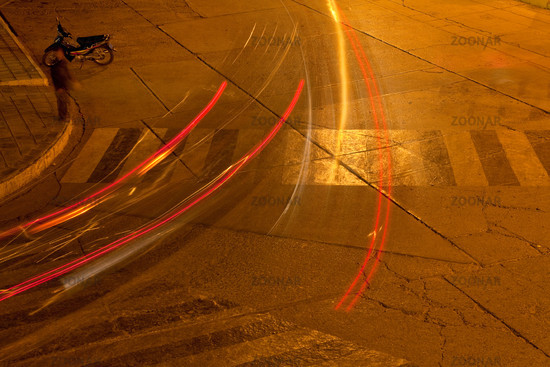 Autos bei Nacht, Langzeitbelichtung