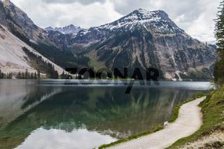 Vilsalpsee, Tannheimer Tal, Oesterreich, Tirol, Fruehling, Mai