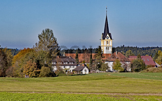 Heiligenberg-Röhrenbach mit Kirche St. Bartholomäus