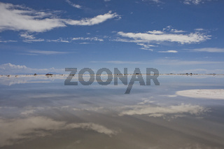 Salar de Uyuni,  horizon cloudscape reflection, Bolivia, South America