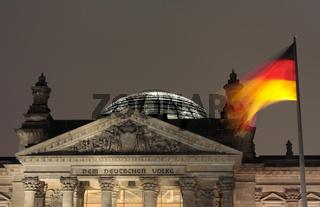 Reichstag Nachts Ausschnitt Front