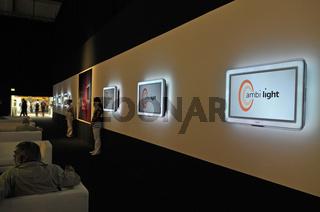 ambi light Bildschirme von Philips auf der Internationalen Funkausstellung IFA in Berlin