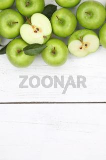 Äpfel Apfel grün hochkant Obst Frucht Früchte Textfreiraum von oben